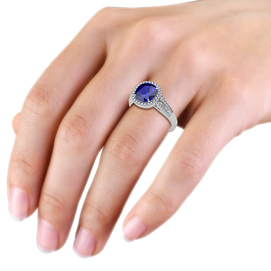The Victoria Royal Ring - Diamond Jewellery at Best Prices in India ...